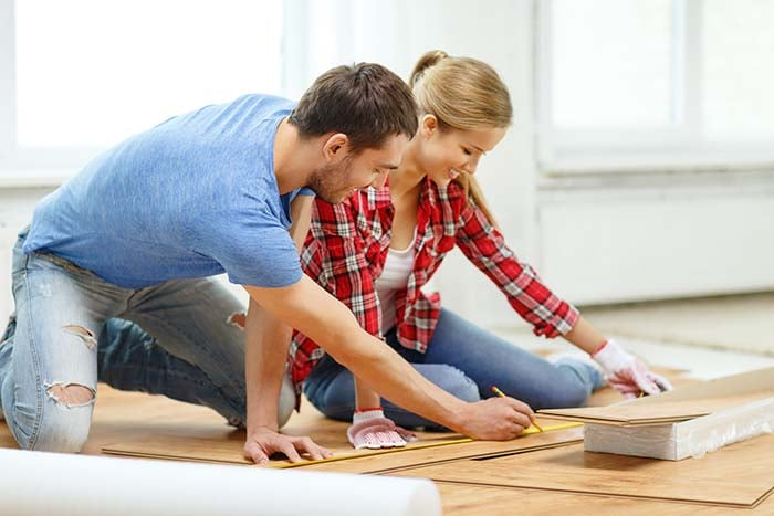 laminate-flooring-couple